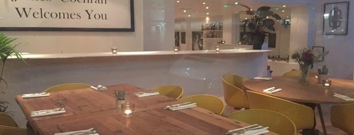 J Cochran Restaurant is one of Frau'nun Kaydettiği Mekanlar.