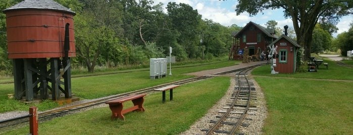 Riverside & Great Northern Railway is one of Wisconsin Dells.