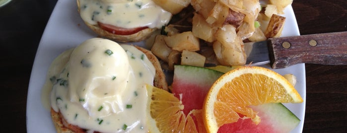 Beaumont's Eatery is one of La Jolla Favorites.