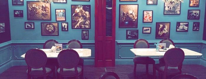 Petrossian Boutique & Café is one of Dubai.