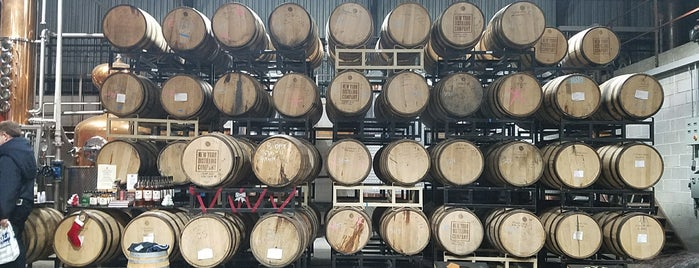 New York Distilling Company is one of Bars.
