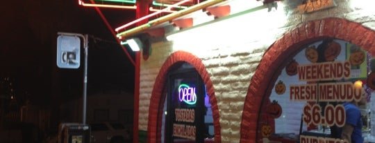 Rigoberto's Taco Shop is one of Chris 님이 좋아한 장소.