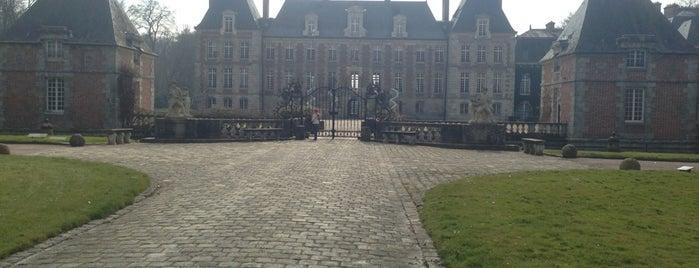 Château de Courances is one of TMP.