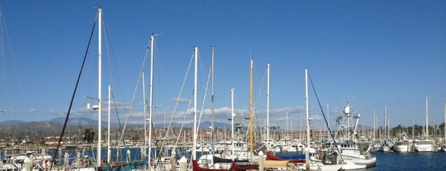 Ventura harbor is one of Posti che sono piaciuti a Jay.