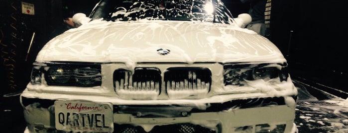 Melrose Hand Car Wash is one of สถานที่ที่ Adrian ถูกใจ.
