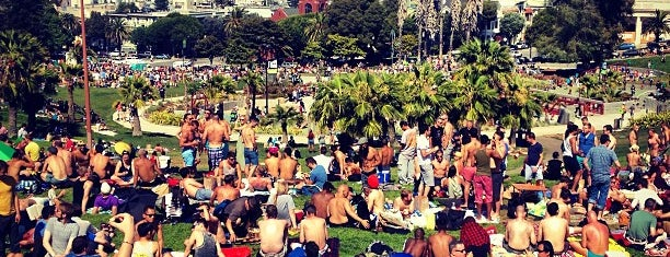 Mission Dolores Park is one of sf to do.