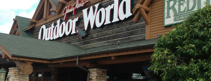 Bass Pro Shops Outdoor World is one of Locais curtidos por Cindy.