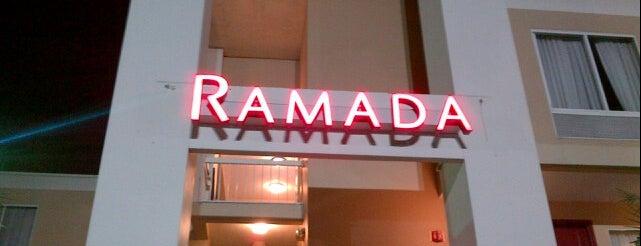 Ramada Orlando Near Convention Center is one of Tempat yang Disukai Quique.