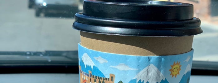 Java Cow Café & Bakery is one of Lieux qui ont plu à Veronika.
