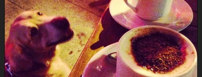 Kahverengi Café is one of Yiyecek İçecek Noktaları.