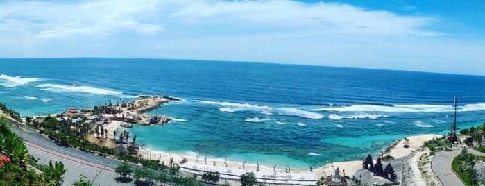 Melasti Beach is one of Bali🔖🗾.