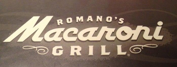 Romano's Macaroni Grill is one of Lugares favoritos de Yen P..