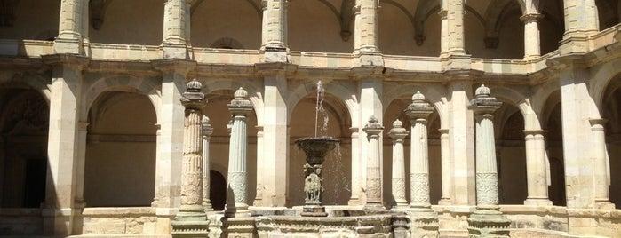 Centro Cultural Santo Domingo is one of Posti che sono piaciuti a Luis Felipe.