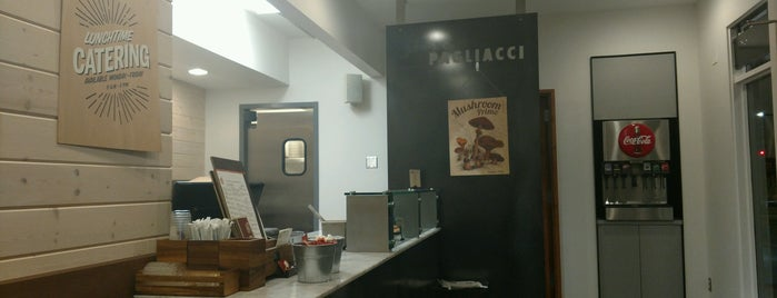 Pagliacci Pizza is one of Tempat yang Disukai Ulysses.