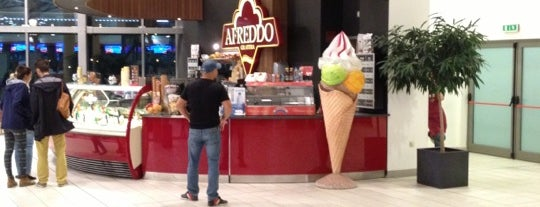 Afreddo Gelateria is one of Lieux qui ont plu à PL.