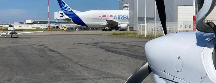 Aéroport de Saint-Nazaire - Montoir (LFRZ) is one of Airport.