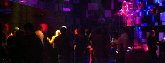 Chameleon Club is one of Dubai Nightlife.