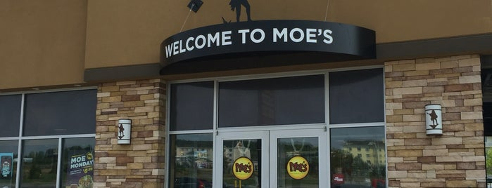 Moe's Southwest Grill is one of Orte, die Hoodie gefallen.