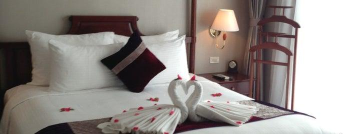 Essence Hanoi Hotel is one of Lieux sauvegardés par Matt.