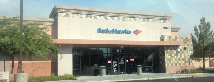 Bank of America is one of Stephanie'nin Beğendiği Mekanlar.