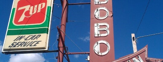Bobo's Drive In is one of To Rate.