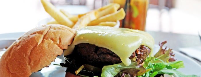 Havana Bar & Grill is one of Burgers To Kill For.