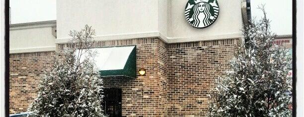 Starbucks is one of Tempat yang Disukai AJ.