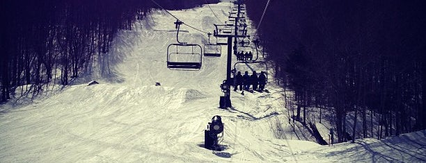 Mount Snow Resort is one of Posti che sono piaciuti a Maddie.