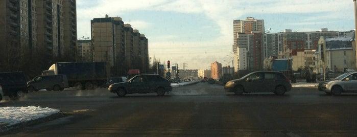 Парашютная улица is one of สถานที่ที่บันทึกไว้ของ Tatiana.