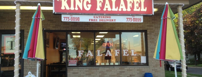 King Falafel is one of Posti che sono piaciuti a Stefani.