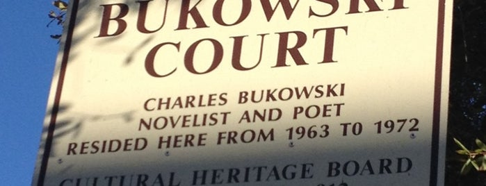 Bukowski Court is one of Locais salvos de Karl.
