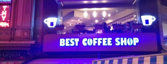 Best Coffee Shop | Lavazza is one of Lieux qui ont plu à *mir@ge*.