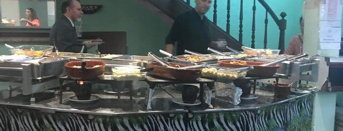 All Day Restaurante is one of Chico del Mundo 님이 저장한 장소.