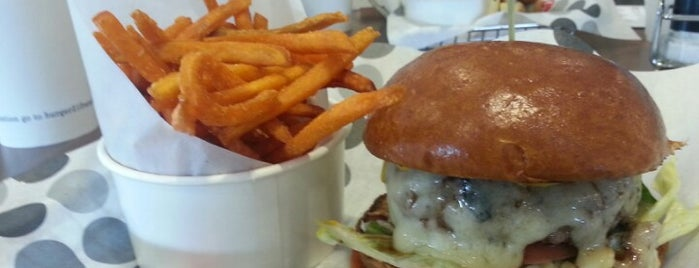 Burger 21 is one of Tampa Eateries.