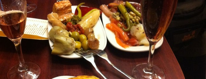 Quimet & Quimet is one of Tapas bcn.