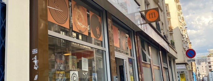 Souffle Continu is one of Record Shops.
