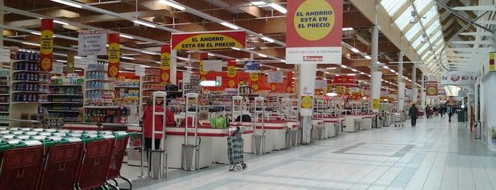Alcampo is one of สถานที่ที่ Igor ถูกใจ.