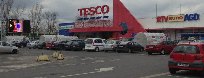 Tesco Extra is one of Marta's Liked Places.