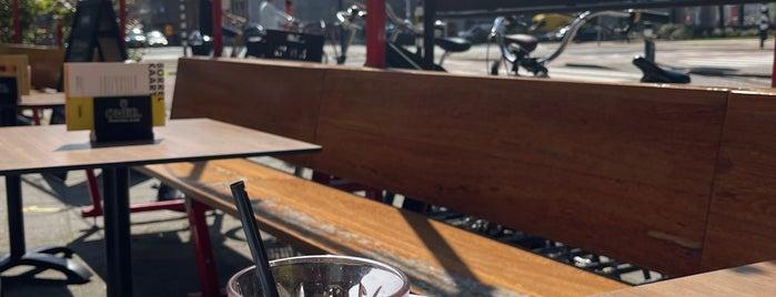 Baek Food & Drinks is one of Rotterdam.
