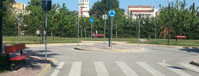 Πάρκο Κυκλοφοριακής Αγωγής is one of Posti che sono piaciuti a maria.