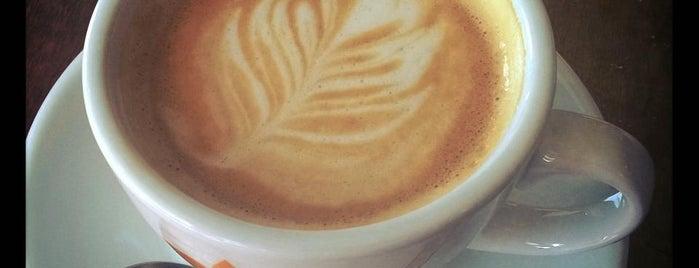 Doblecrema Café is one of Tempat yang Disukai Javier.