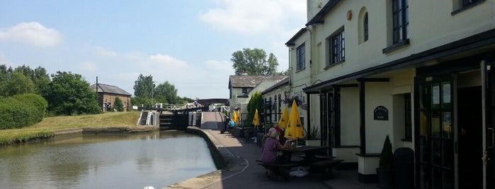 Grand Union at The Three Locks is one of Orte, die Carl gefallen.