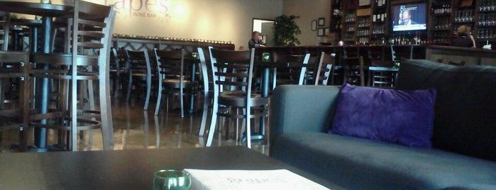 Grapes Wine Bar is one of Posti salvati di Alex.