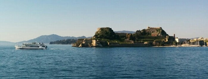 Corfu / Κέρκυρα is one of Locais curtidos por Niko.