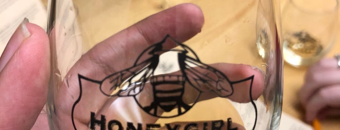 Honeygirl Meadery is one of Lugares favoritos de Ethan.