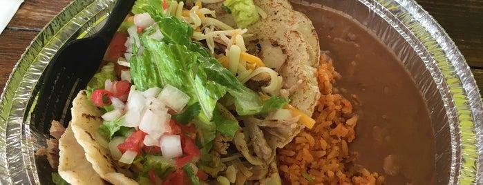 Nino's Mexican Grill is one of Orte, die John gefallen.