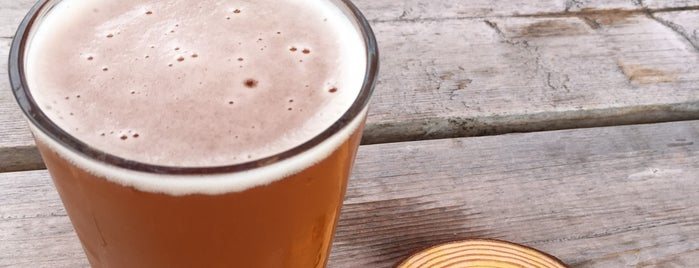 Camp Colvos Brewing is one of Orte, die John gefallen.
