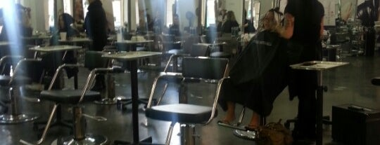 Paul Mitchell the School San Diego is one of Alfa 님이 좋아한 장소.
