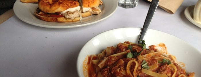 Via Carducci La Sorella is one of chicago spots pt. 3.