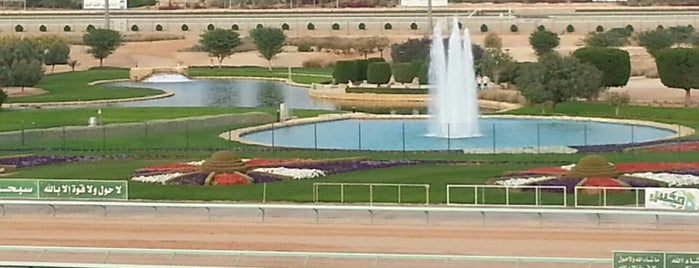 ميدان الملك عبدالعزيز للفروسية King abdulaziz equestrian club is one of Orte, die Bader gefallen.